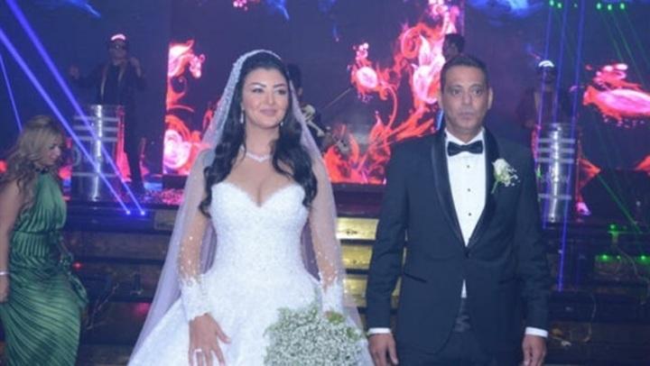 فيديوجراف| زفاف هاني رمزي يثير عاصفة جدل على السوشيال ميديا