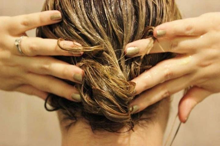 خلطات زبدة الكاكاو لعلاج مشاكل الشعر