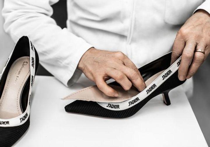 تعرفي على طريقة ابتكار حذاء جاديور