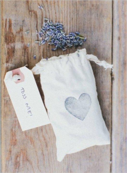 5 أفكار رائعة لحفلات الزفاف الصديقة للبيئة