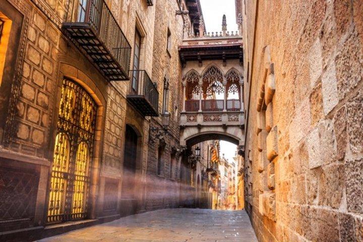 السياحة في اسبانيا: إجازة صيفية في برشلونة