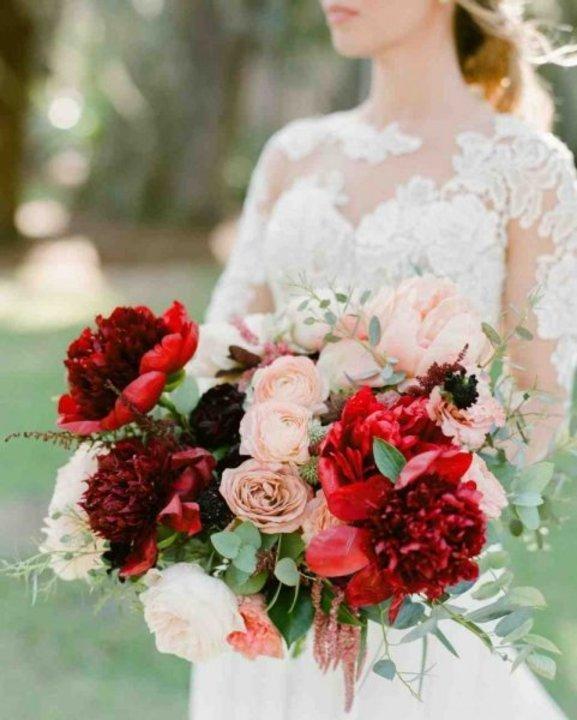 أجمل باقة زفاف للعروس بأزهار الخريف