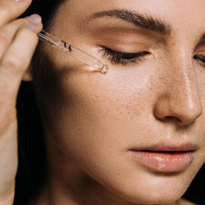 سبب تقشر الوجه بعد الغسول