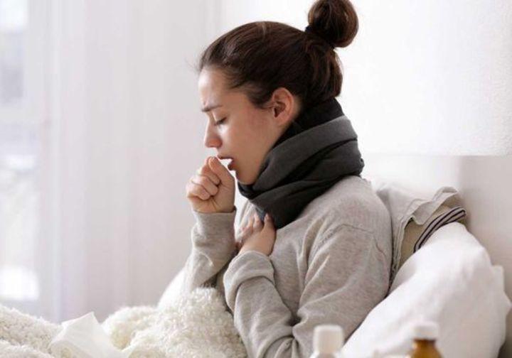 وصفات صحية تعالج السعال بعيداً عن الأدوية الكيميائية
