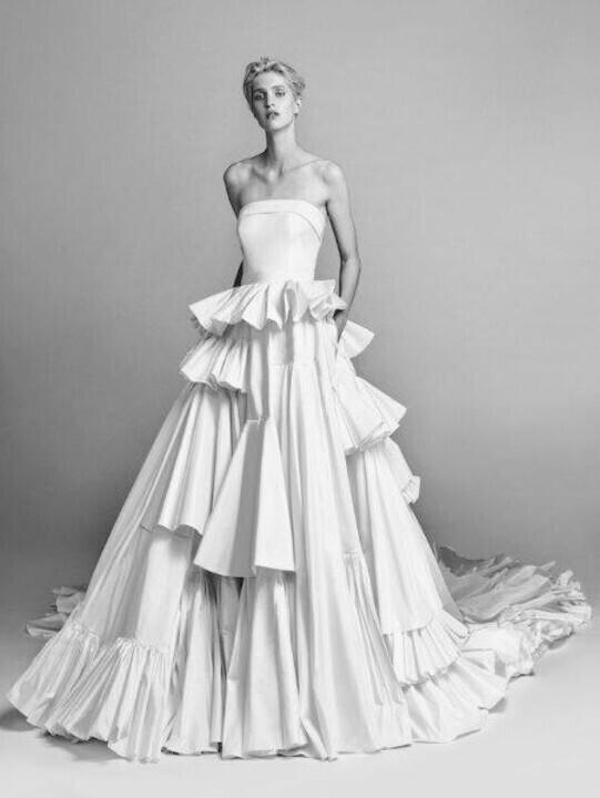 موديلات فساتين زفاف غير تقليدية 2020