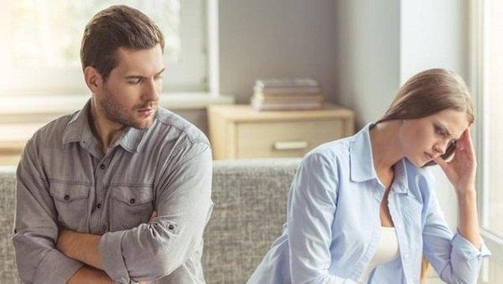 هل تستطيع الزوجة التأقلم مع الزوج النكدي