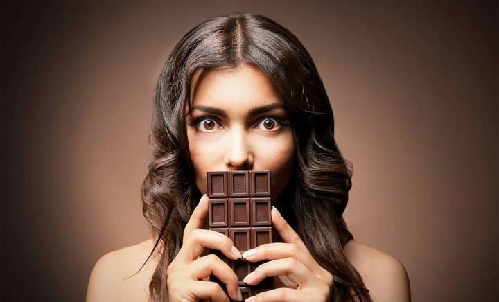إنه اليوم العالمي للشوكولا... هكذا تحضرينها في منزلك بسهولة