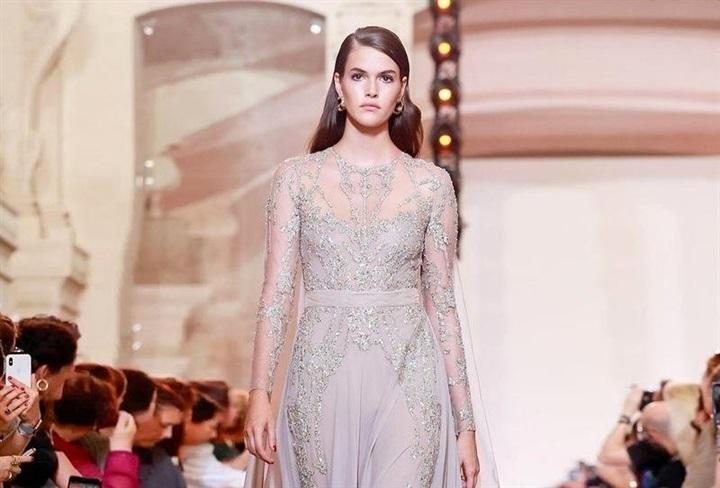 للعروس القصيرة.. فساتين لبنانية تناسب إطلالتك في حفل الخطوبة (صور)