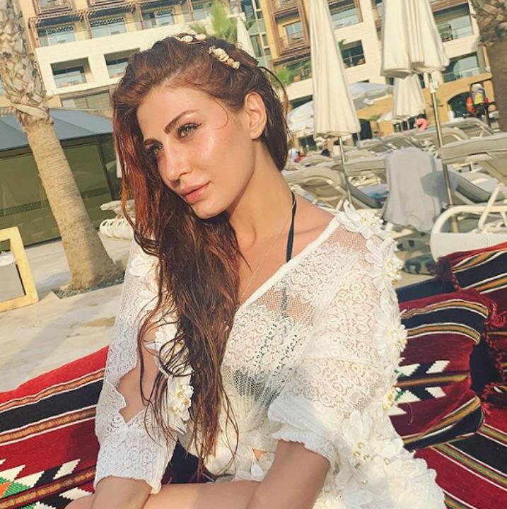 بالصور - هبة نور تشعل شواطئ بيروت بجمالها