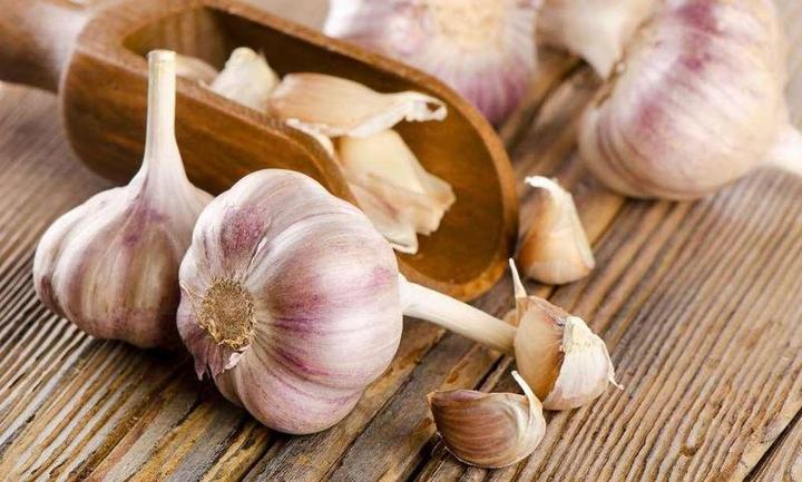 علاج الكولسترول بنظام غذائي فعّال