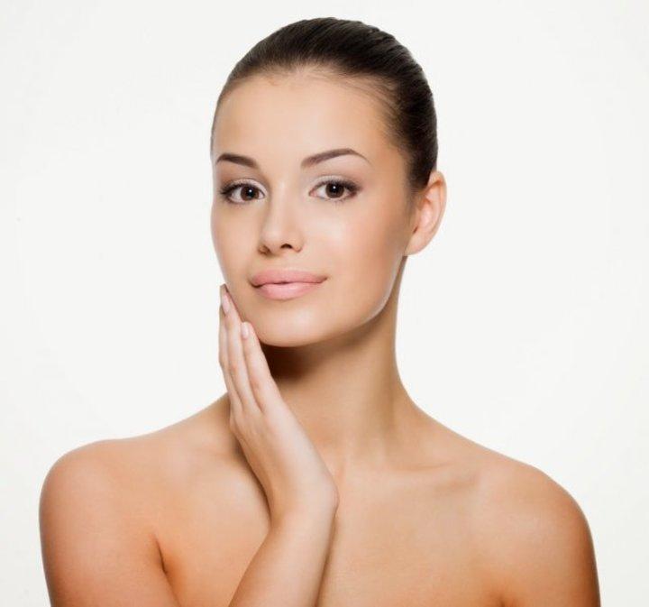 فوائد ماسك اللبن والحلبة للوجه والشعر