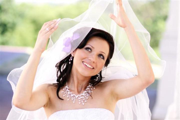 من أين تبدئين التحضير لزفافك بعد الخطوبة؟