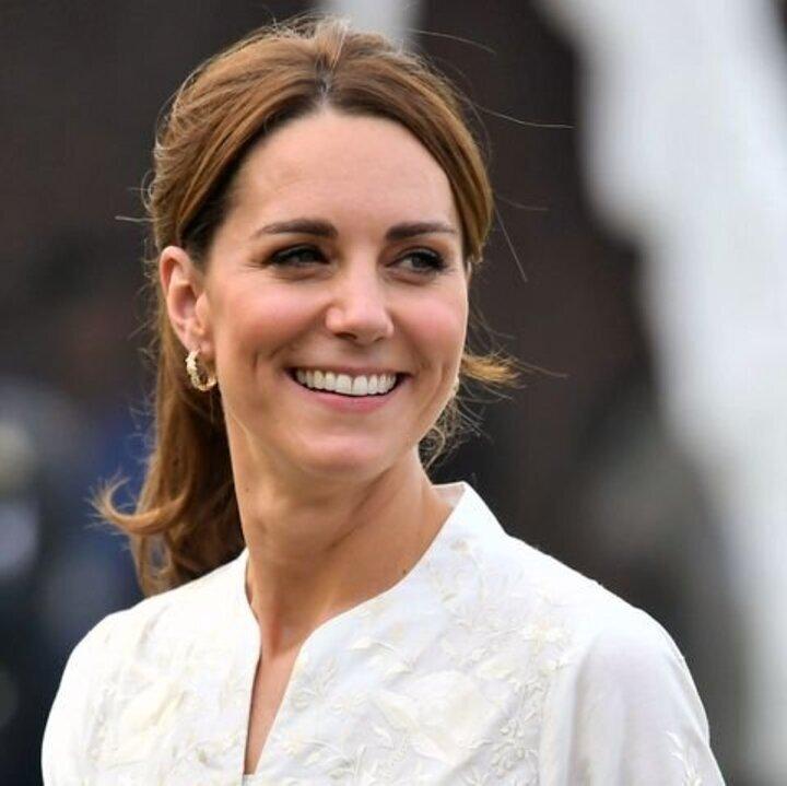 ما جديد مكياج وأكسسوارات شعر الأميرة كيت ميدلتون في باكستان؟