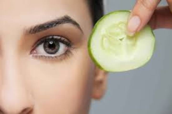 ما هو علاج الهالات السوداء تحت العين