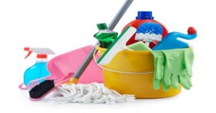 قائمة أدوات التنظيف الأساسية لكل منزل