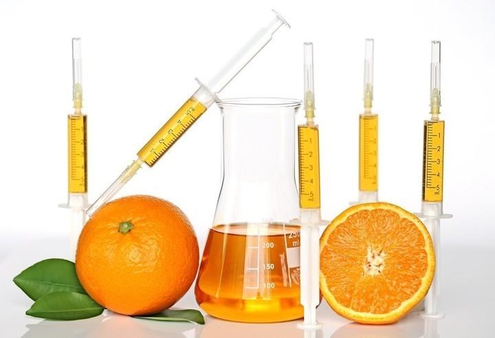 أفضل 3 سيروم فيتامين سي لإزالة التجاعيد