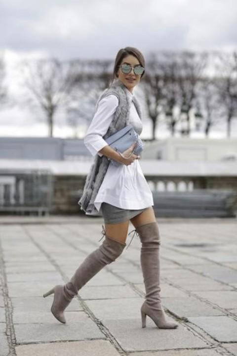 طرق لتنسيق وارتداء التنورة القصيرة في الخريف والشتاء