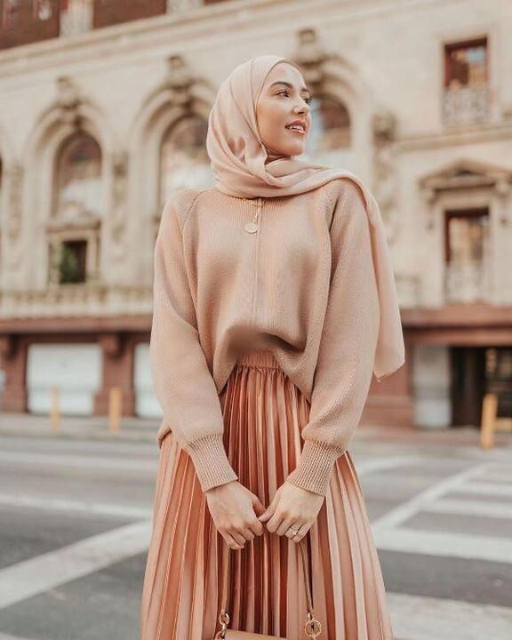 طريقة تنسيق الحجاب النيود بمختلف تدرجاته