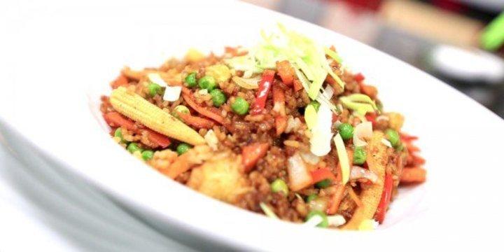 هناكل ايه النهاردة  أرز بطريقة الصينية كفتة البحرين عصير جزر بالكراميل