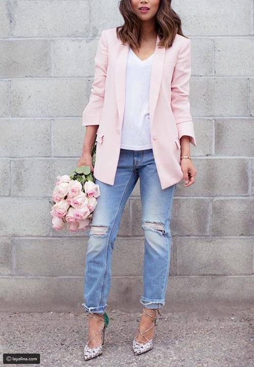 إطلالات أنيقة باللون الزهري لخريف
