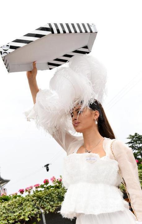 أجمل وأغرب قبعات سباق رويال أسكوت 2019
