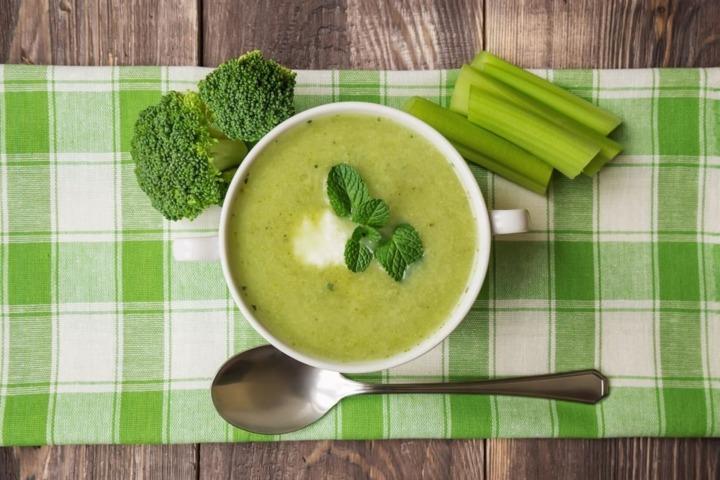 3 أنواع من الحساء حارق للدهون لرشاقتك هذا الصيف