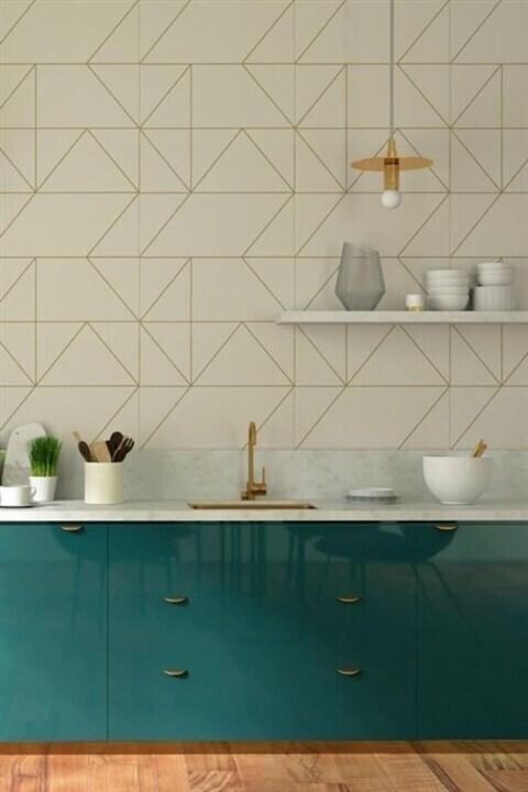 لمسة من التجدّد في مطبخك بالاعتماد على ورق الجدران